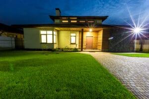 Home Care Clovis CA - How to Pick a Senior Apartment and Home Care Services
